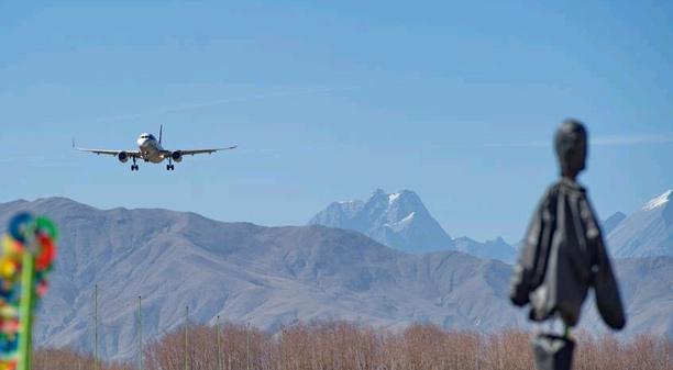 西藏機場春運繁忙