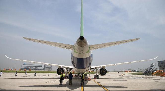 中國制造又上新高度 國産大客機成功首飛