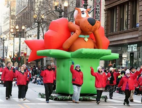 美國芝加哥舉行感恩節遊行