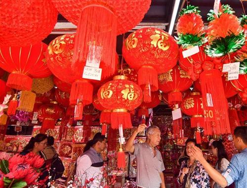 吉隆坡:年飾上市迎新春