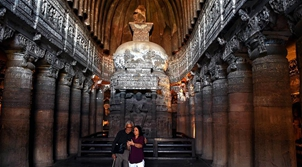 走進印度阿旃陀石窟