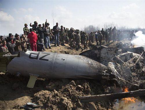 巴基斯坦軍方稱擊落兩架侵入巴領空的印度軍機