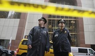 紐約曼哈頓一架直升機墜毀致1人死亡