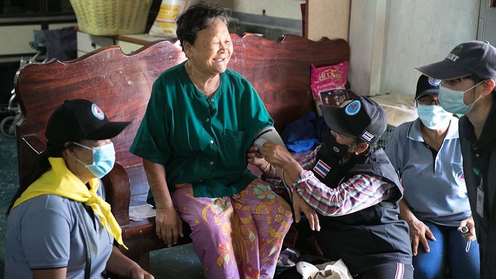 泰國百萬鄉村醫療志願者 功不可沒的抗疫英雄