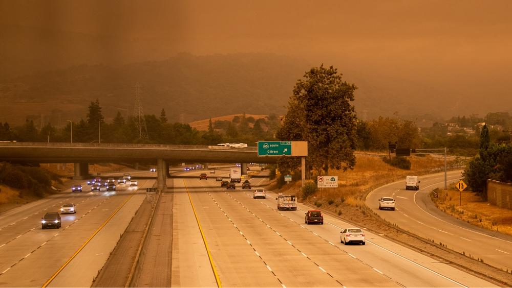 煙塵籠罩美國硅谷