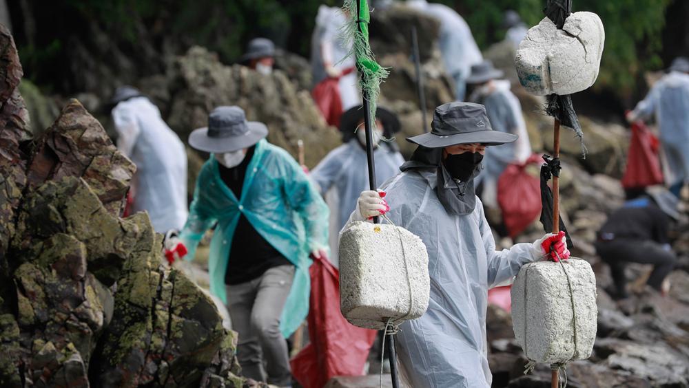 韓國:清理海洋垃圾在行動