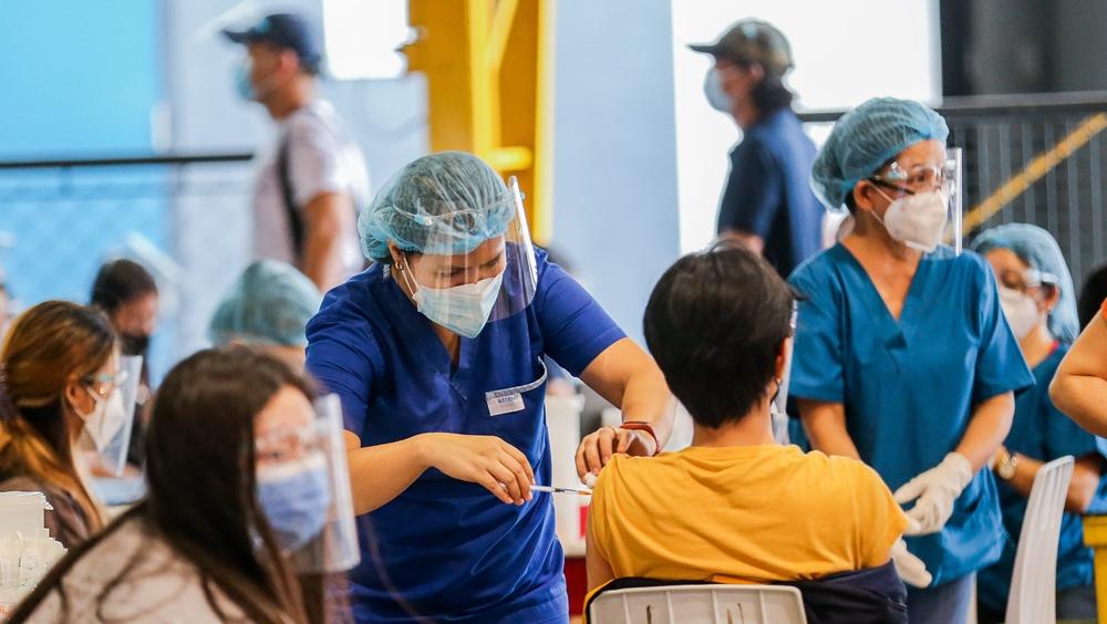 菲律賓:接種新冠疫苗