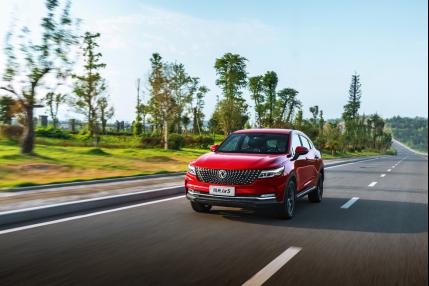 智能轎跑型SUV風光ix5媒體試駕開啟SUV極智新體驗
