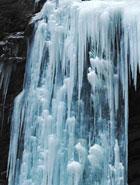 冰封官鵝溝