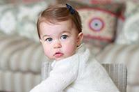英王室公布小公主萌照