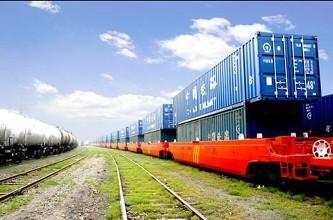 上半年鐵路貨運量增7.5%