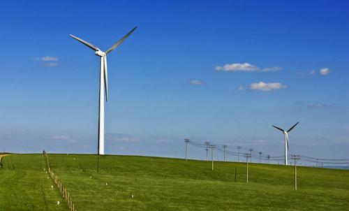 """清潔能源有望成為中阿能源合作新""""藍海"""""""