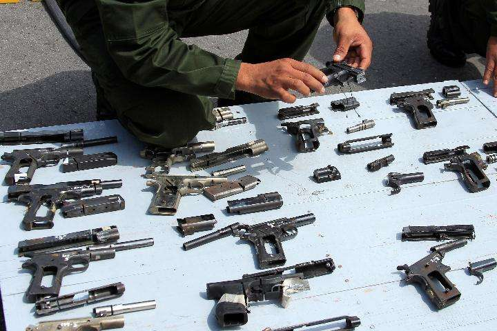 Over 2 mln weapons enter Mexico illegally in last decade: gov't - Xinhua | English.news.cn