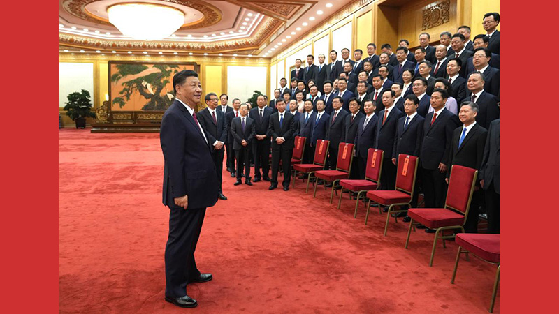 Xi meets with outstanding county-level Party secretaries