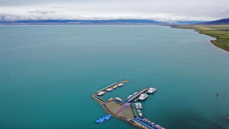 Scenery of Qinghai Lake in NW China