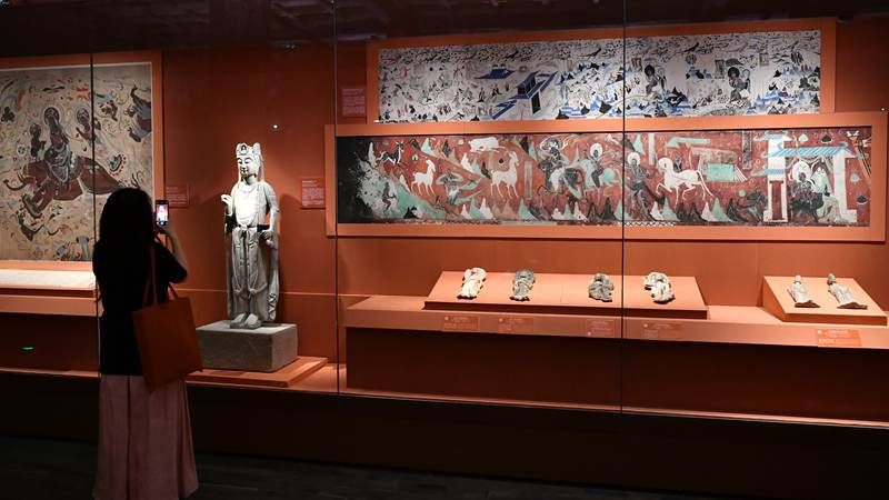 Exhibition themed on Dunhuang culture held at Palace Museum in Beijing