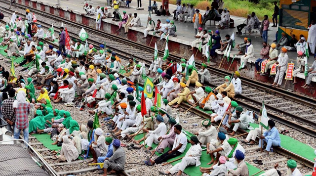 Trains obstructed in north India due to farmers protest