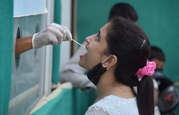 India reports 35,662 new COVID-19 cases