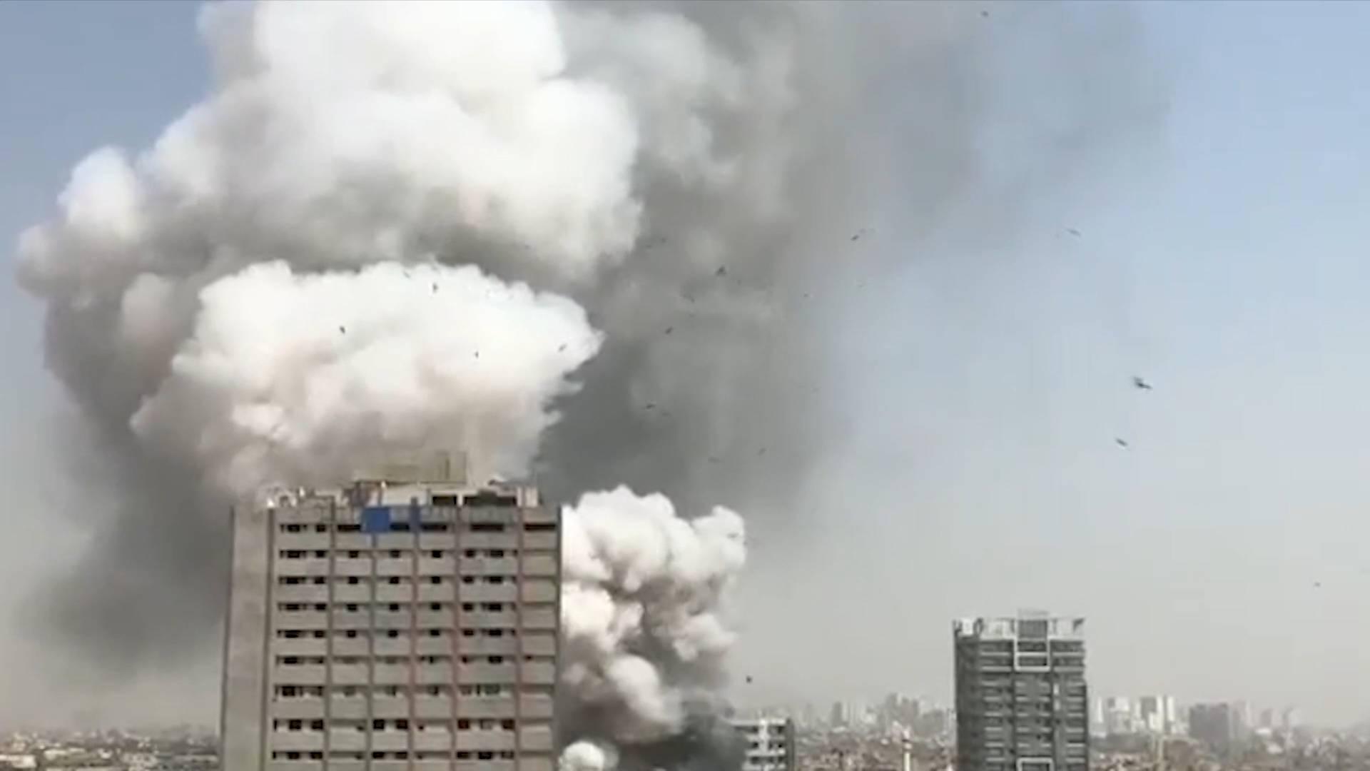 GLOBALink | Fires cause casualties in Pakistan
