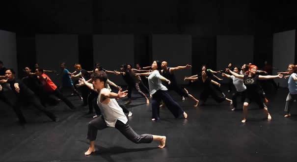 北京:翩躚起舞 感受魅力