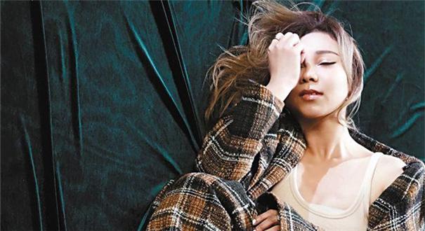 《Wonderful U》原唱江海迦拍攝新MV