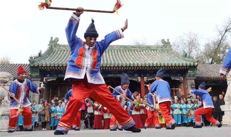 河北承德滿族文化遺産精品展示月亮相京城