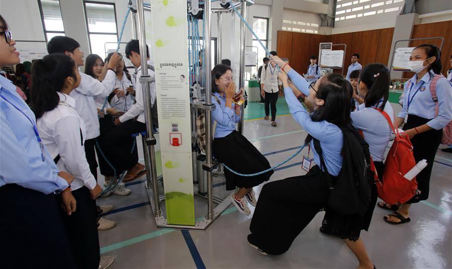 中國流動科技館國際巡展走進柬埔寨