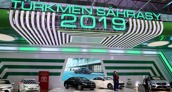 中國企業亮相裏海創新技術展和國際汽車展