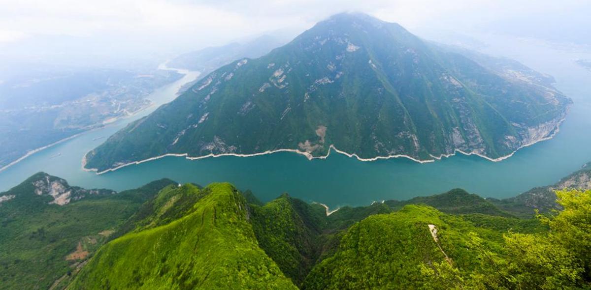 瞿塘峡美景如画