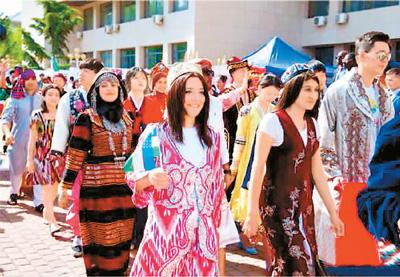 對外經貿大學國際文化節拉開帷幕