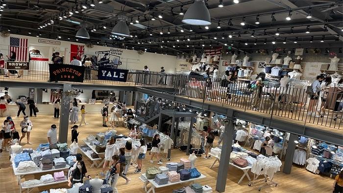 """""""BM""""北京首店開業後客流不斷 火爆態勢能否持續"""