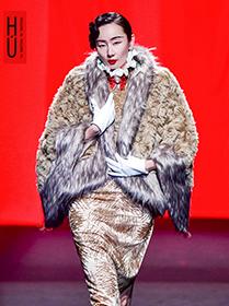 書寫中國女性故事——胡社光高級定制全國時尚巡演在武漢紅T首演