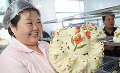 山東大媽賣饅頭3年 年銷1000萬元