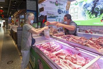 【圖集】告別臟亂,留住溫情——上海鬧市小菜場見聞
