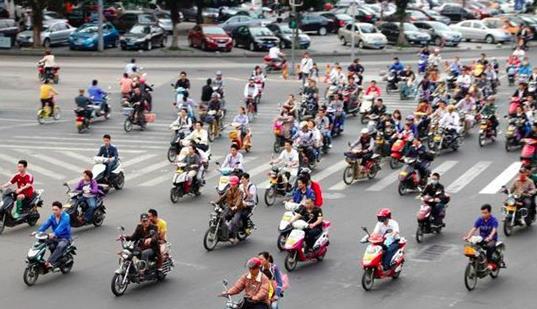 三部门发文加强电动自行车国标实施监督 快递、外卖企业将统一设计和采购合规车辆
