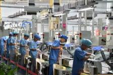 年末地方集中稳投资:数千亿项目开工 制造业成发力点