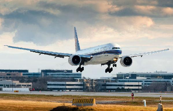 飞机上能上网?中国空中wi-fi市场预期达百亿