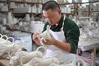 【新華圖視】紀實影像:德化白瓷的傳承與創新