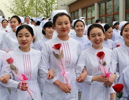 """""""百名護士風採""""拍攝活動在北京舉行"""