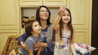 """香港7歲小""""網紅""""的防疫故事"""