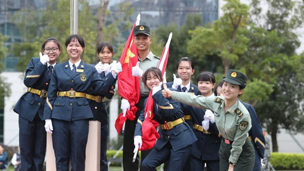 解放軍駐澳門部隊重啟青年學生國旗手培訓活動