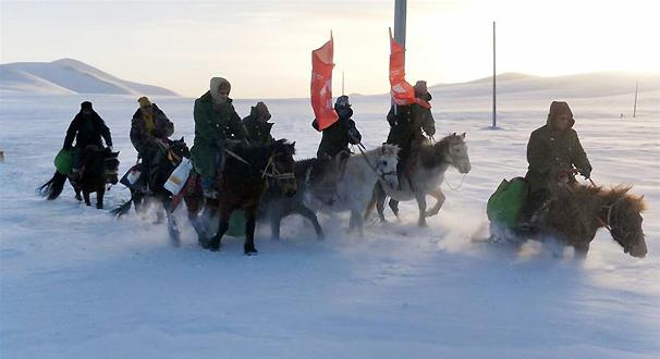 風雪中傳遞溫暖的力量——記青海幹部群眾抗擊玉樹雪災