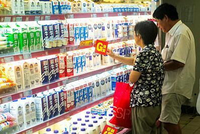 五歲內兒童不宜喝風味牛奶