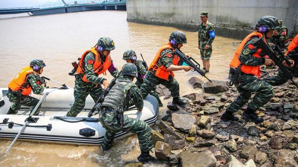 浙江特戰勇士在孤島開展實戰化訓練