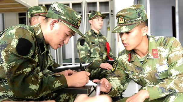 新兵入伍第一天:初體驗,一輩子