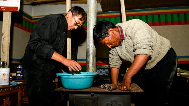 西藏駐村工作隊隊員的堅守