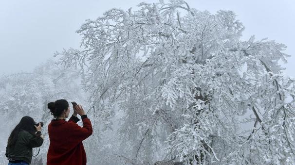 湖北恩施迎來降雪