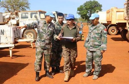 中國第九批赴南蘇丹維和工兵分隊通過首次裝備核查