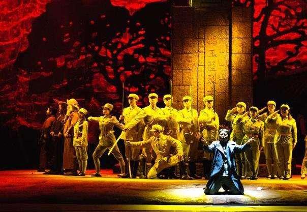 武警部隊和國家話劇院聯合推出話劇《三灣,那一夜》