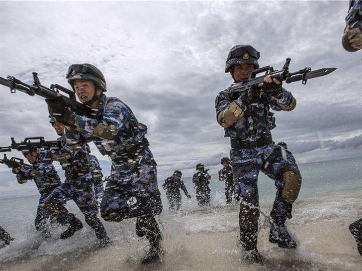 金臺點兵:提高軍事訓練實戰化水平